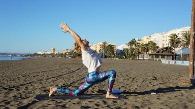 Yoga Estepona - Low Lunge - Anjaneyasana